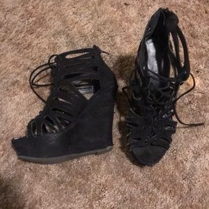 strappy black suede wedges!